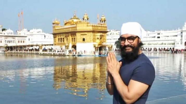 Aamir Khan visits Golden Temple in Amritsar amidst Laal Singh Chaddha shoot