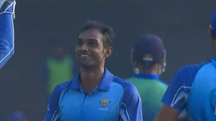 UNREAL! Abhimanyu Mithun picks five in six balls in Syed Mushtaq Ali semifinal