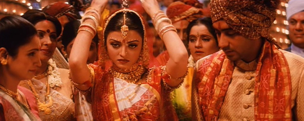 India Tv - One can safely claim the first half of HDDCS belonged to Salman and the second to Ajay, but, in a fair judgement, the thread that connected them was Aishwarya's Nandini.