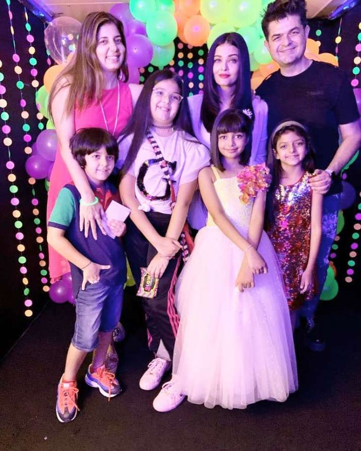 India Tv - Aishwarya Rai Bachchan and Aaradhya at the birthday party with friends