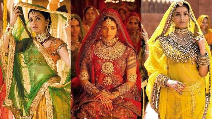 Devdas Jodha Akbar Aishwarya Rai Bachchan S Most Stunning Movie Looks Ever Fashion News India Tv Aishwarya rai , hrithik roshan , kulbhushan kharbanda , et al. devdas jodha akbar aishwarya rai