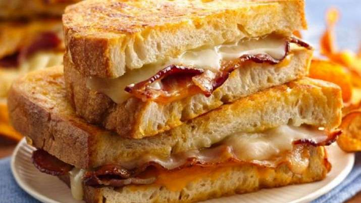 Man stabbed to death over chicken sandwich in US