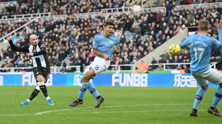 Premier League: Manchester City's title hopes further damaged by 2-2 draw against Newcastle