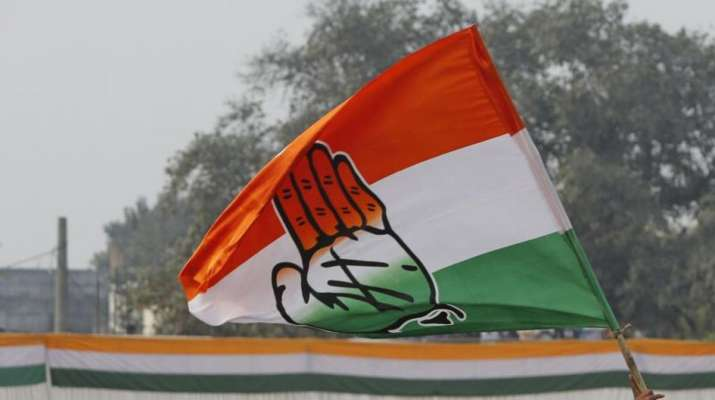 Congress gets into huddle over Maharashtra government formation