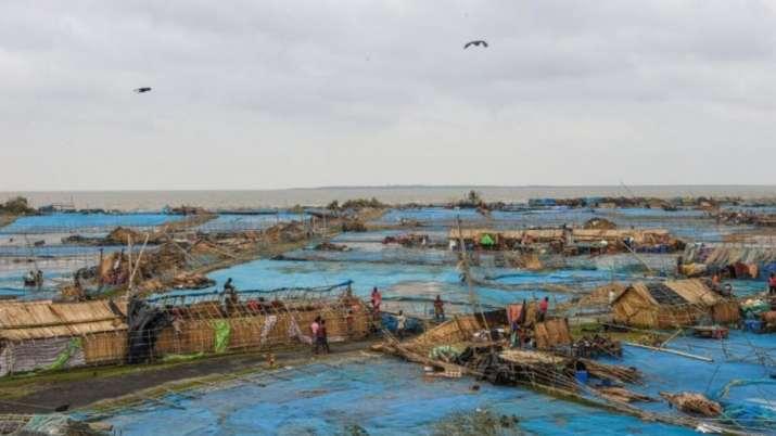 Cyclone Bulbul : Bodies of four fishermen missing in trawler