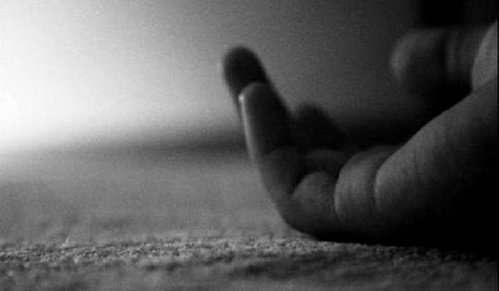 Husband shoots wife, throws body on road