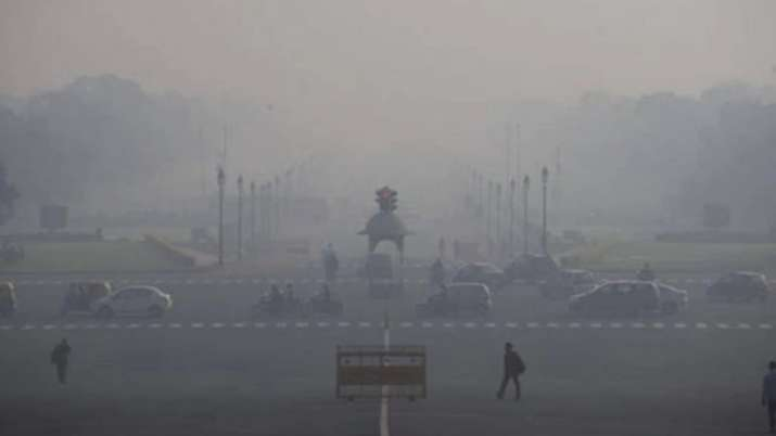 Light rain, wind bring down pollution level in Delhi, still in 'severe' category
