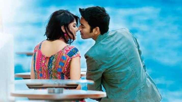 Enai Noki Paayum Thota Full Hd Movie Leaked By Tamilrockers For Download Regional Cinema News India Tv