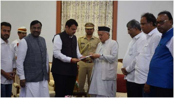 Devendra Fadnavis resignation