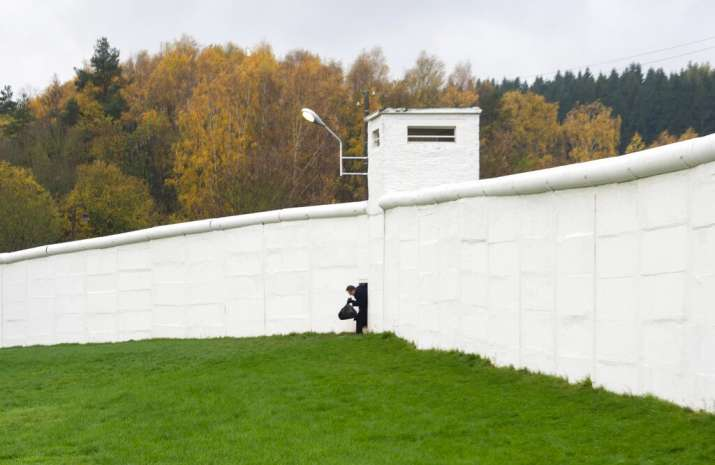 Ayodhya verdict Berlin wall