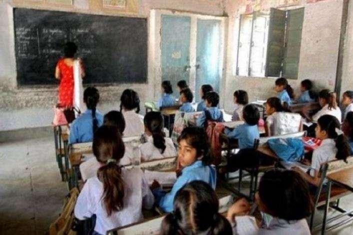 Teaching staff beaten up by children in Rae Bareli
