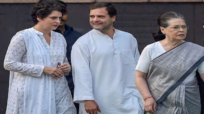 CRPF takes over security of Gandhis