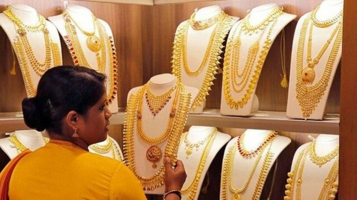 Gold jumps Rs 225 on wedding season demand, rally in global prices