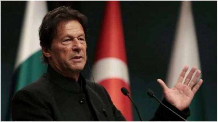 Imran praises Army Chief Bajwa, describes him as 'best Army Chief'