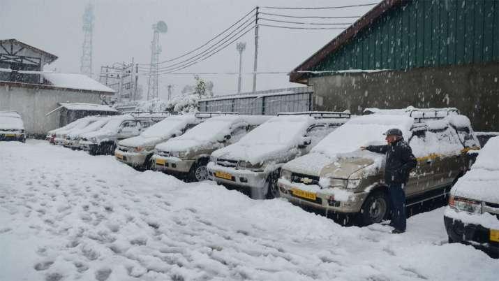 Fresh snowfall in parts of Kashmir