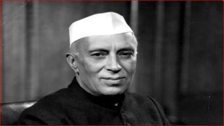 Political leaders pay tributes to Nehru on birth anniversary