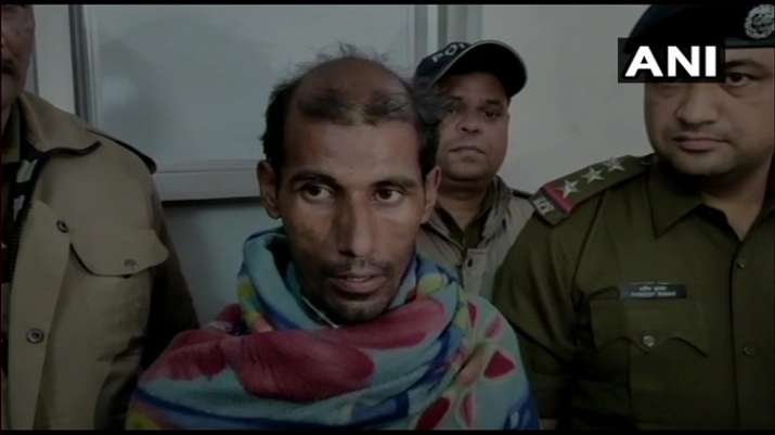 India Tv - Man sets fire on Rishikesh-Delhi train coach