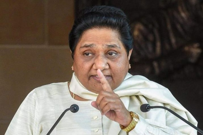 Another shocker for Mayawati, BSP MP attends SP meeting