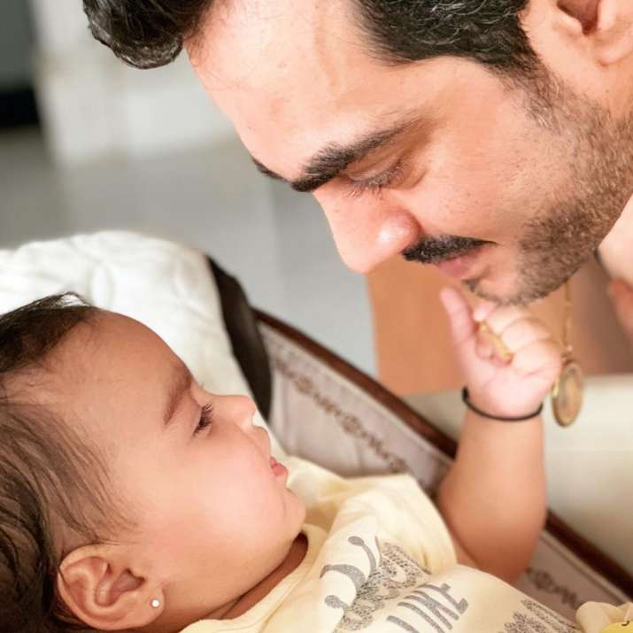 India Tv - First photo of Esha Deol and husband Bharat Takhtani's daughter Miraya