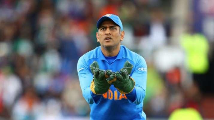 ms dhoni, india vs australia, ind vs aus