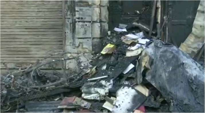 10 vehicles gutted in Mumbai building fire; no casualties