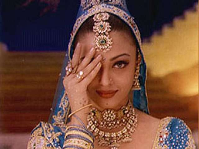 India Tv - The song 'Nimbooda' -- primarily, the high point of the story because Vanraj gets besotted with Nandini as she sings and dances to this song -- brings to the fore the effervescence of Aishwarya.