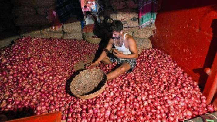 Govt extends stock holding limit on onion traders indefinitely to check price rise