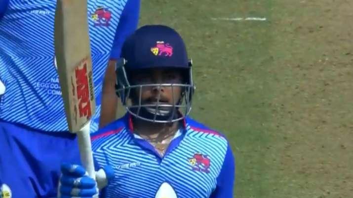 Shawsmashed 64 off 36 balls as Mumbai chased down
