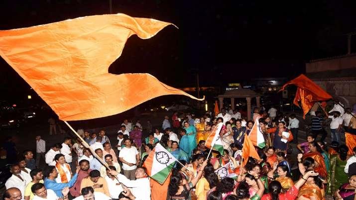 India Tv - Uddhav Thackeray: The Shiv Sena supremo all set to be first 'Thackeray' CM of Maharashtra