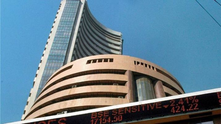 Sensex ends 170 pts higher; bank, IT stocks save the day