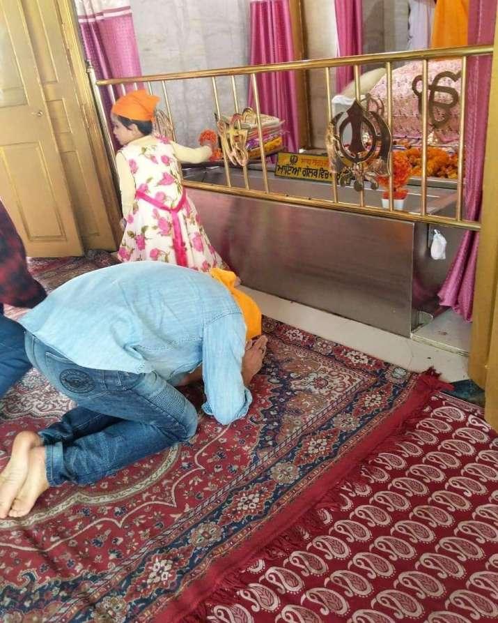 India Tv - Sunny Deol seek blessing at Guru Darbar Sahib