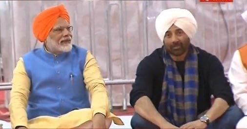 India Tv - Sunny Deol with Pm Modi at Kartarpur corridor opening