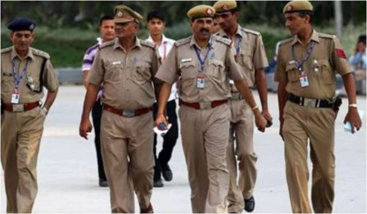 UP: 22 IPS, 25 IAS officers transferred