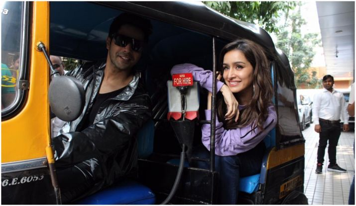 Varun Dhawan, Shraddha Kapoor enjoy auto ride during Street