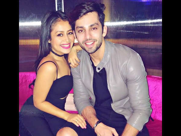India Tv - Is Neha Kakkar's ex-boyfriend Himansh Kohli planning to patch up on Christmas?