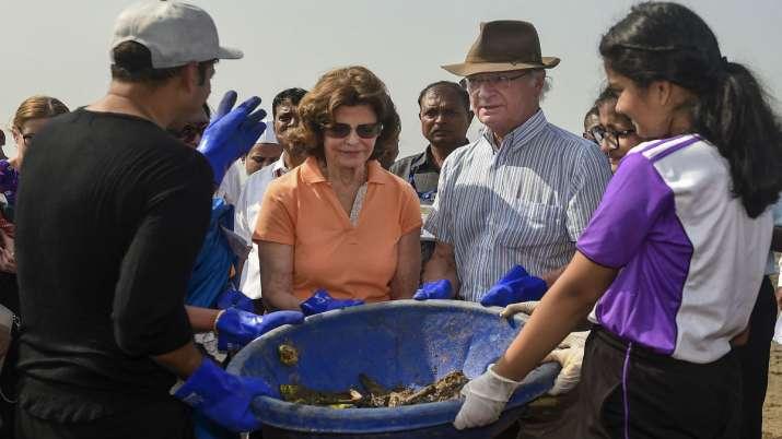 India Tv - Swedish King Carl XVI Gustaf and Queen Silviaat Mumbai's Versova Beach