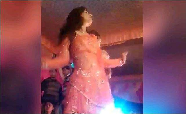 Woman shot in face in when she stopped dancing at wedding
