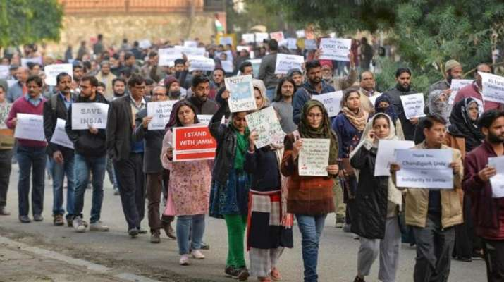 Jamia VC urges students to stay away from rumours