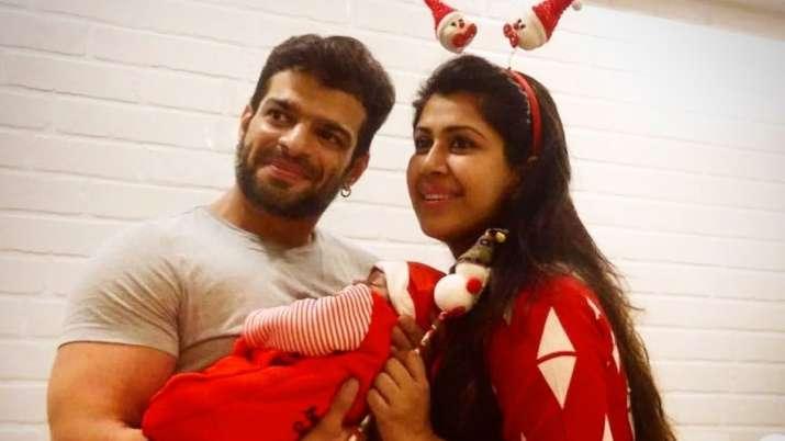 Khatron Ke Khiladi 10 finalist Karan Patel, wife Ankita Bhargava share first glimpse of their daught