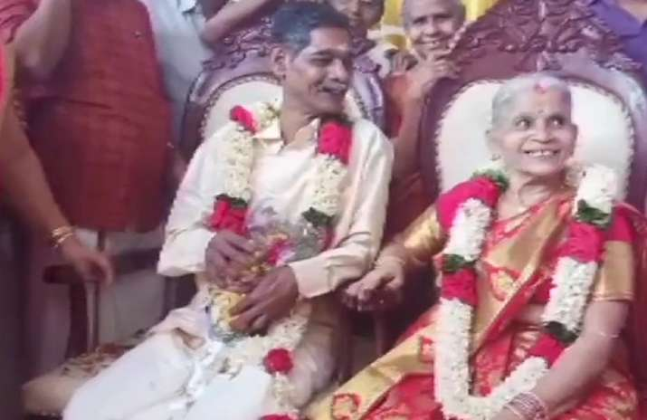 Elderly couple gets married at old age home in Kerala