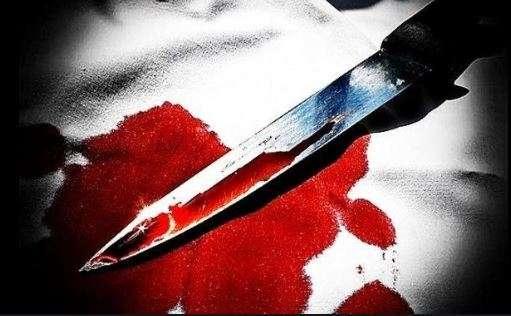 2 killed in London stabbings