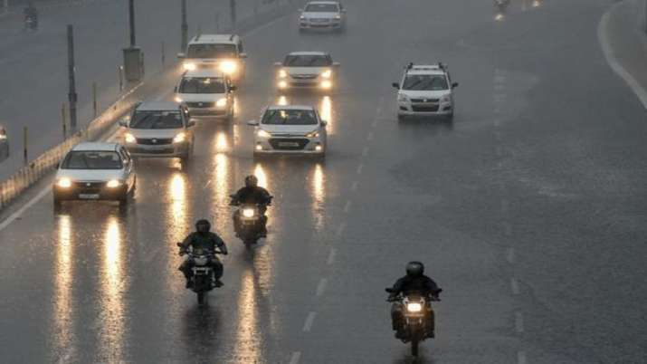 Light rain in eastern UP, dry weather in western parts