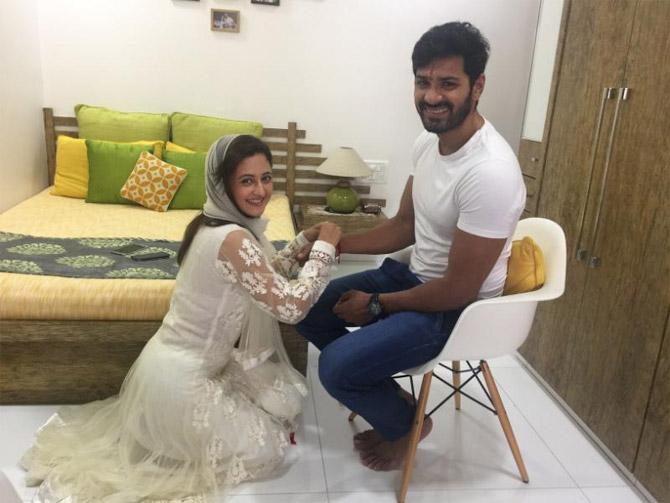 India Tv - Rashami Desai and her Uttaran co-star Mrunal Jain celebrating raksha bandhan