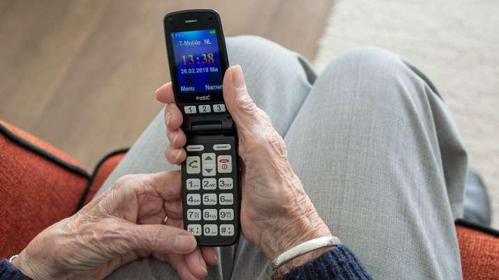 world's first message, first text message, when was the first message sent, 27 years of text messagi