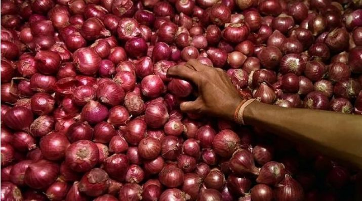 Onion prices hit new high amid disrupted arrivals | India News – India TV