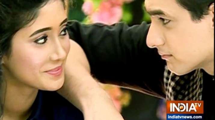 Yeh Rishta Kya Kehlata Hai: Kartik and Naira steal romantic