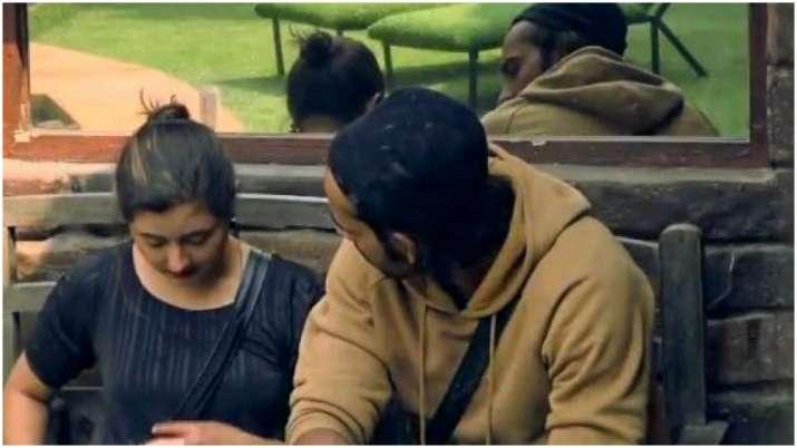 Bigg Boss 13: Rashami Desai and Arhaan Khan to call it quits?