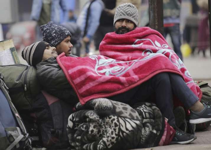 Srinagar witnesses coldest night of season, shivers at minus 6.2 degrees Celsius