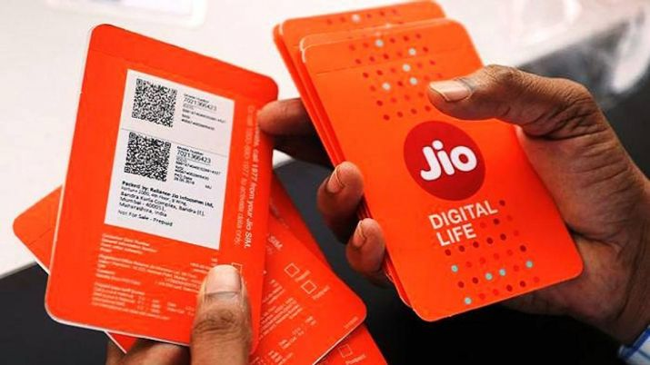 Reliance Jio ups tariff by 40 pc, says 300 times more benefit