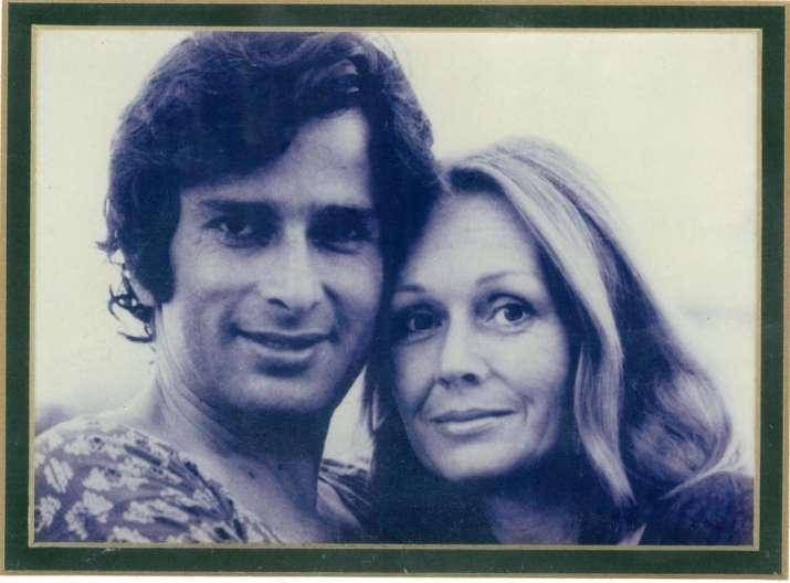 India Tv - Shashi Kapoor and wife Jennifer Kendal